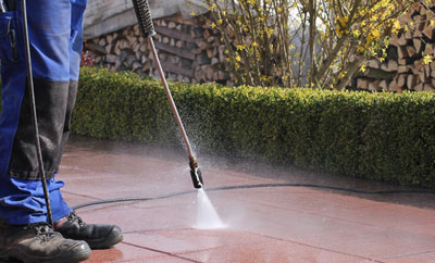' High pressure cleaning '